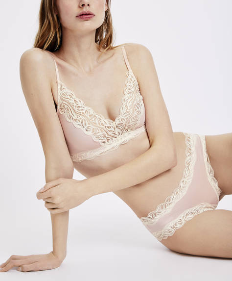 Plain blonde lace full cup comfort bra
