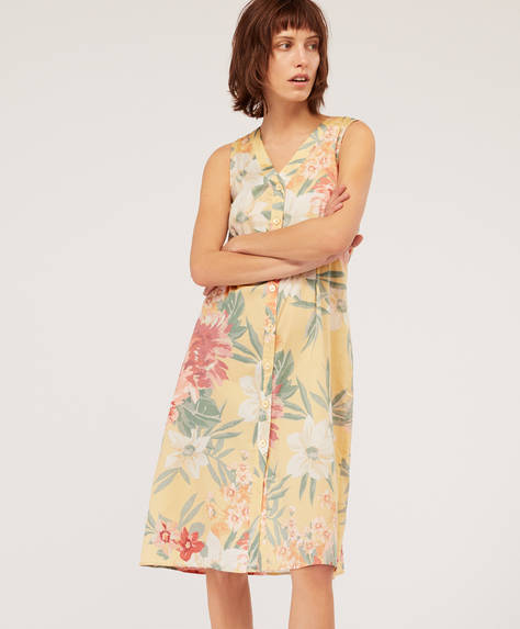 Floral nightdress with yellow background