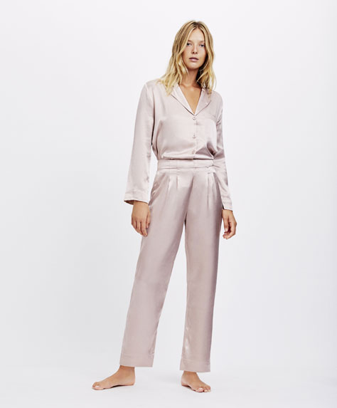 Pantaloni in satin malva