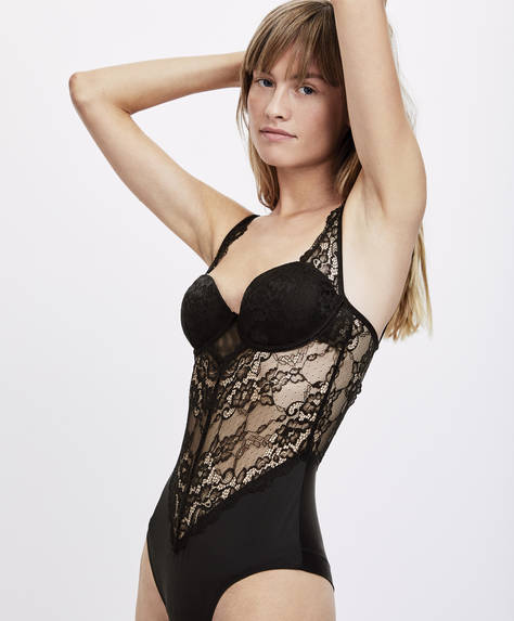 Essential Lace body