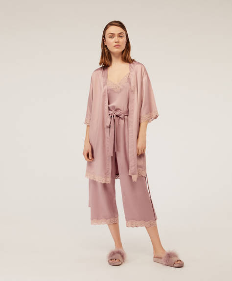 Satin dressing gown with micro lace trims