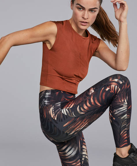 Compression leggings with palm fronds