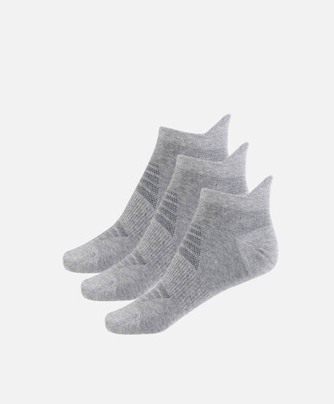 3 pairs of cotton socks