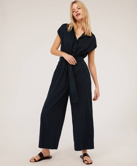 Plain buckle jumpsuit