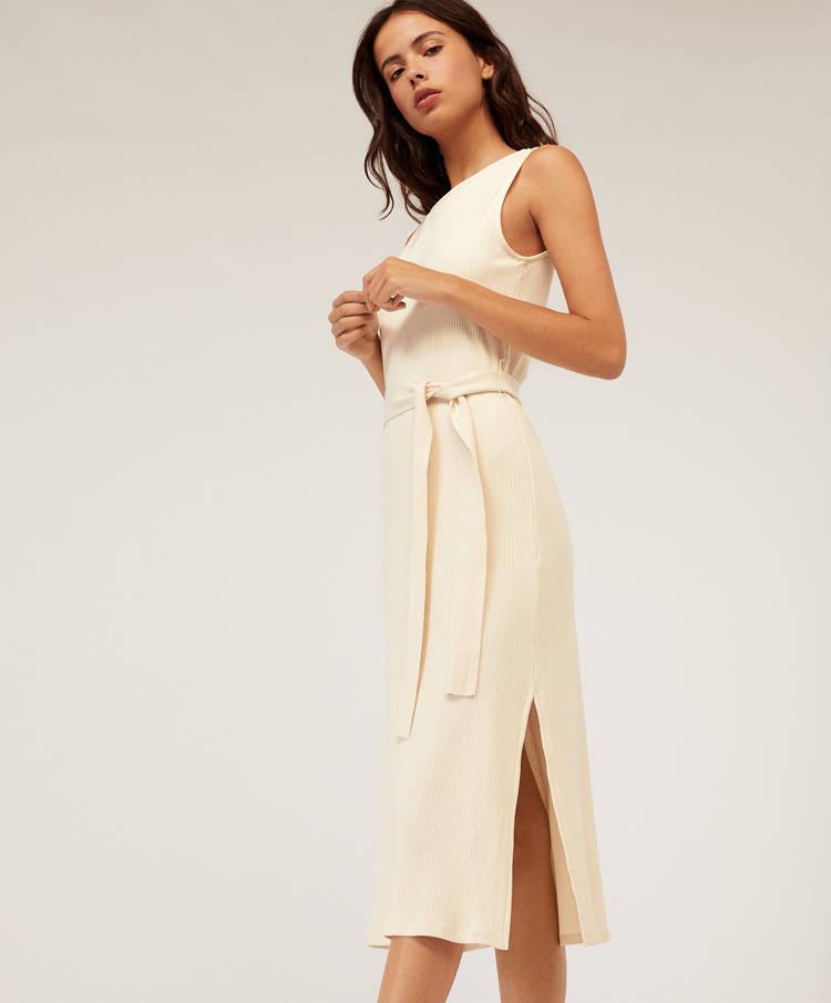 98045d0fda Długa sukienka z prążkowanego materiału - Sukienki i spódnice ...