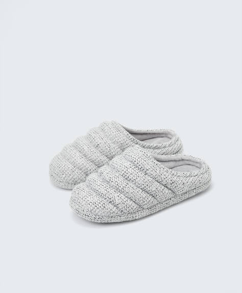 Padded slippers