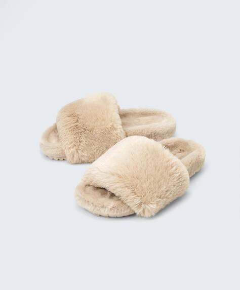 Faux-fur sandals