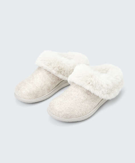 Fluffy platform slippers