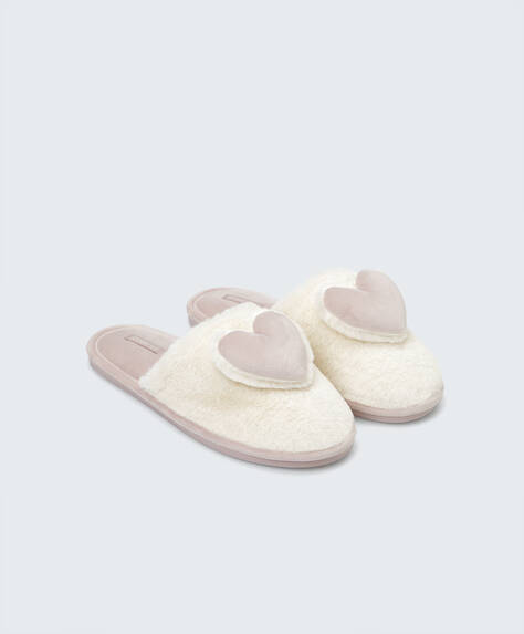 Fluffy heart slippers