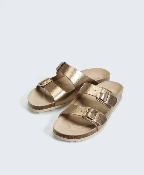 Sandalen mit Lederriemen in Metallic-Optik