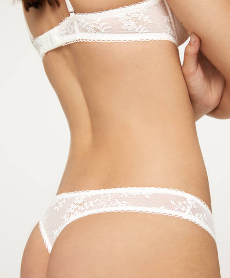 Lace thong with logo