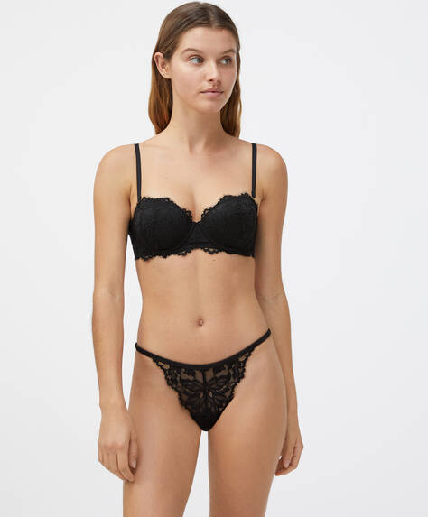 Strappy classic briefs in floral lace