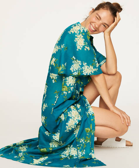 Floral nightdress with turquoise background