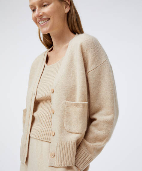 100% cashmere cardigan with pockets