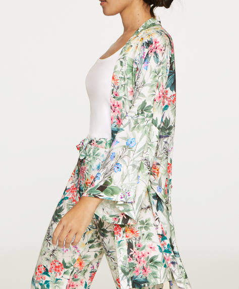 Long-sleeved woodland floral bath robe