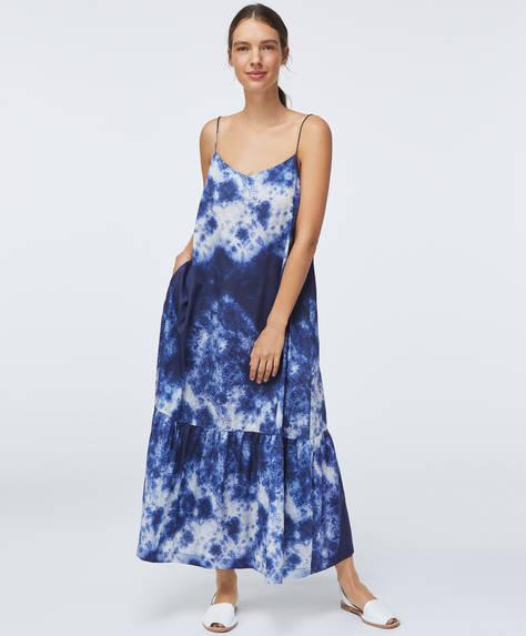 Batikfärgad klänning