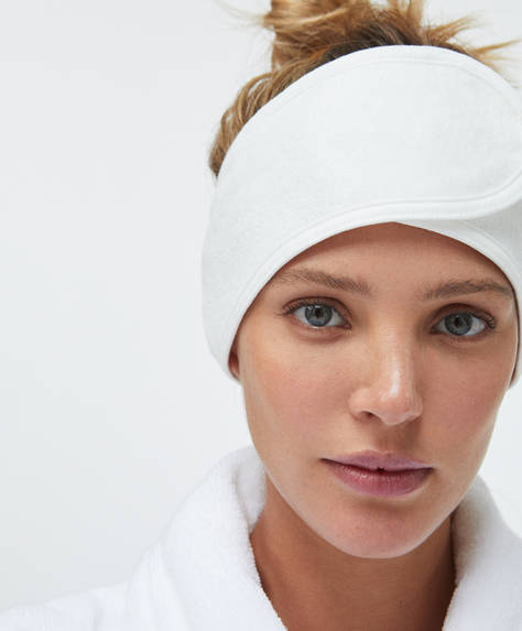 Turban with hook and loop fastening for use after showering.