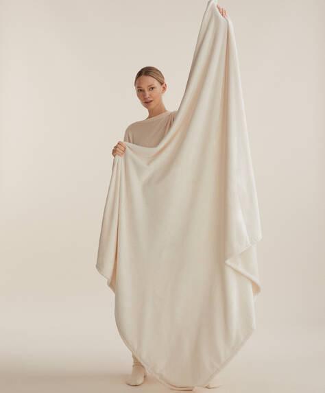 Yumuşak dokulu battaniye