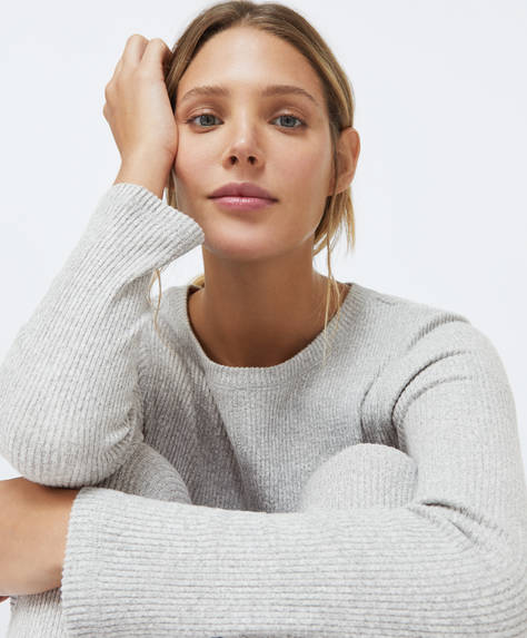 Comfort feel round neck jumper