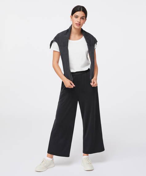 Calças culotte com cintura elástica e mensagem