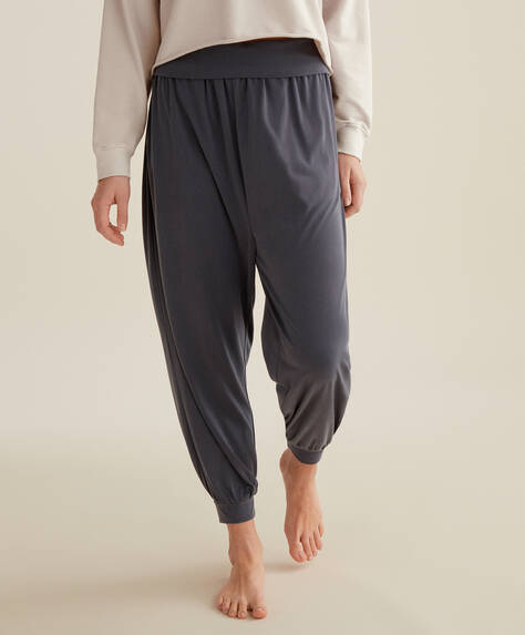 Pantaloni harem din modal