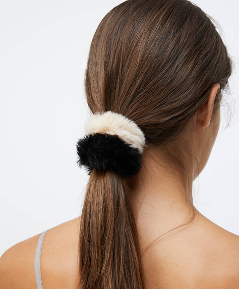 Pack of 2 fluffy scrunchies