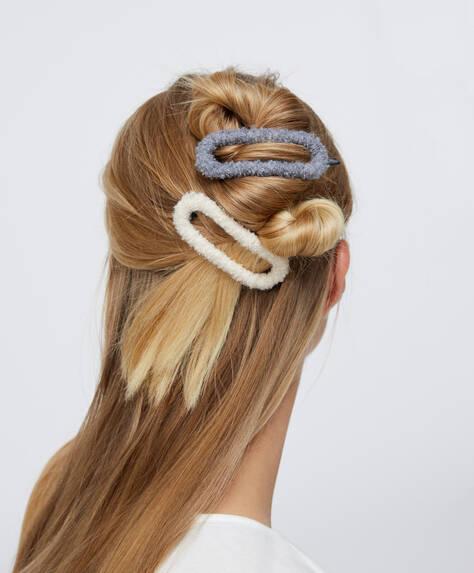 2заколки для волос