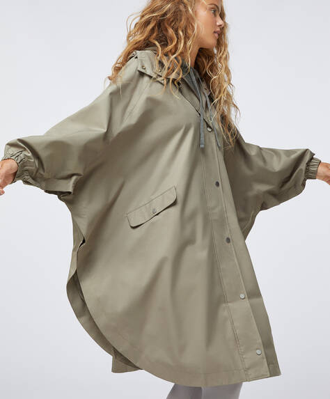 Water-repellent cape-style trench