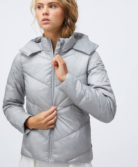 Ultra-light pack and go jacket