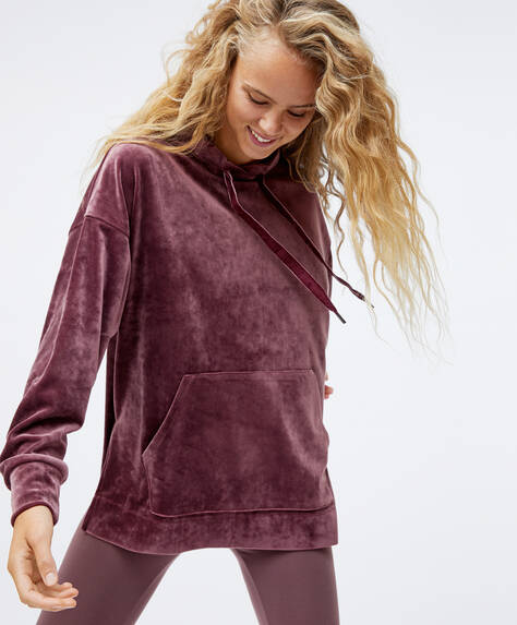Oversize velvet sweatshirt with front pocket