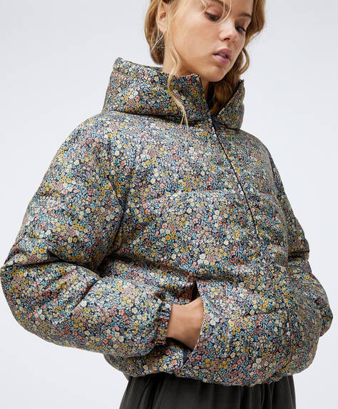 Cropped padded jacket with ditsy floral print