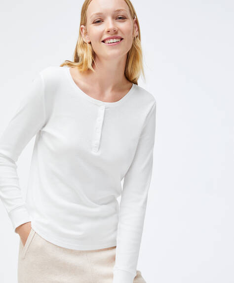 Plain cotton basic T-shirt