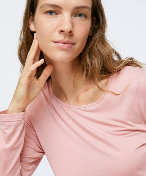T-shirt macia em tom rosa