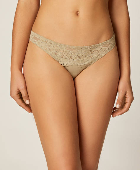 3 Brazilian briefs with lace