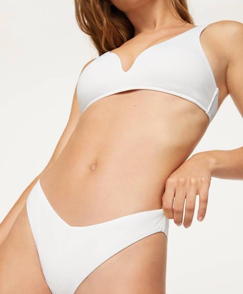 V kesim Brezilya modeli bikini altı