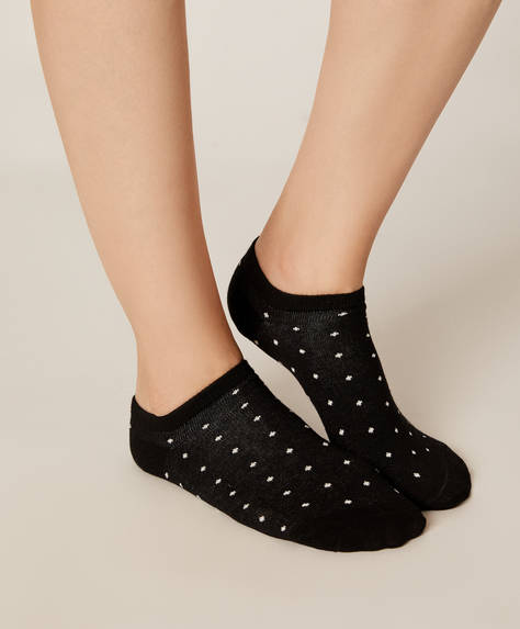 5 pairs of polka dot ankle socks