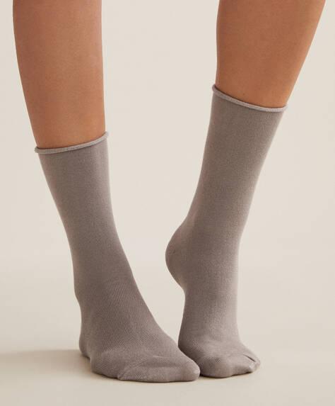2 pairs of modal socks