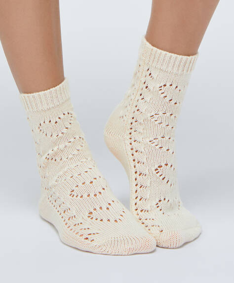 1 pair of thick heart socks