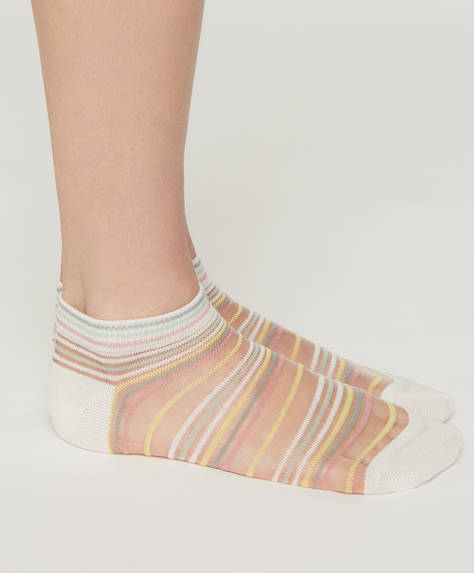 1 pair of striped ankle socks