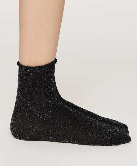 1 pair of basic plain socks