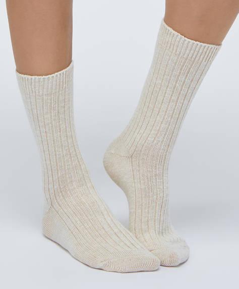 1 pair of plain cotton socks