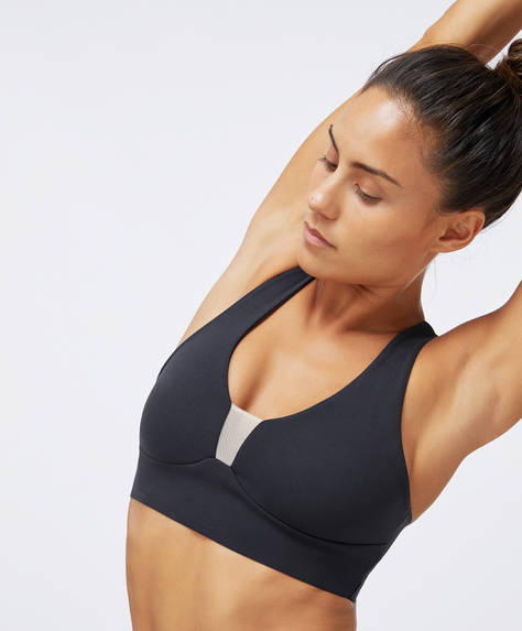 Sports bra with sheer trims