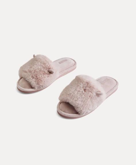 Claquettes en fourrure avec petites oreilles