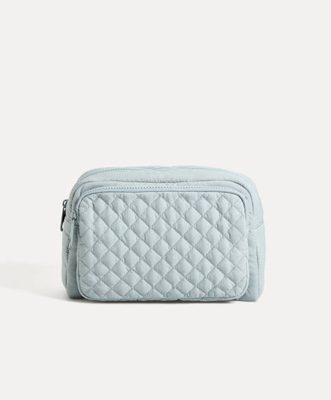 Padded diamond pattern wash bag