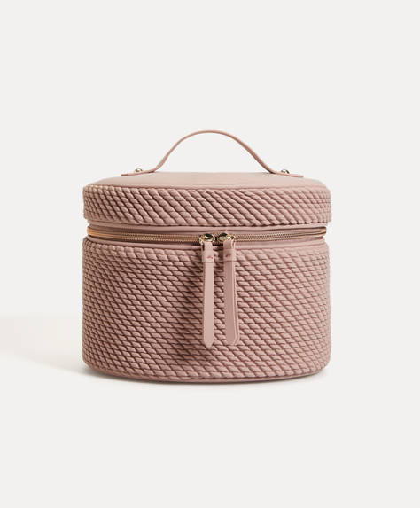 Texture wash bag
