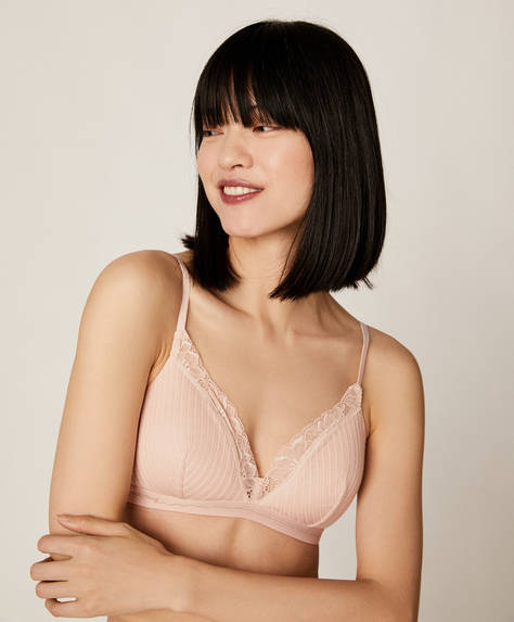 Mesh knit triangle bra with elastic