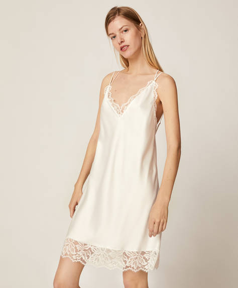 Short lace nightdress