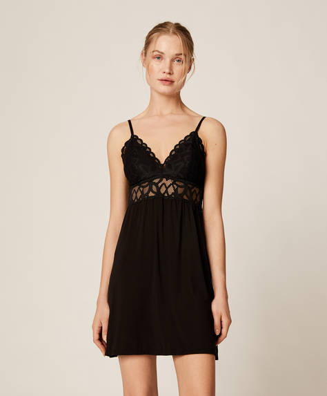 Lace nightdress with removable cups