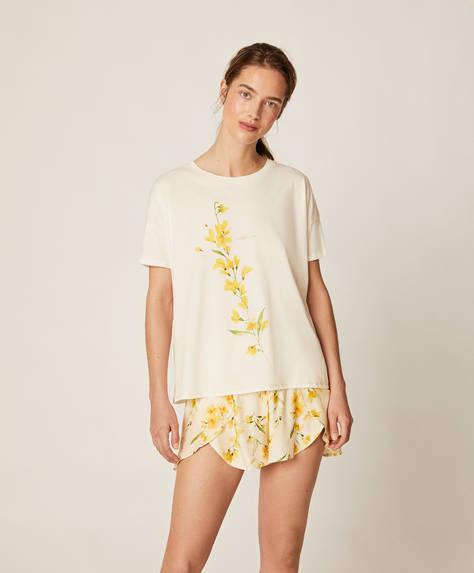 Pantalón corto flor amarilla