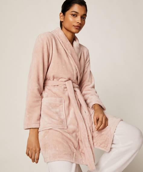 Розовый халат в горошек